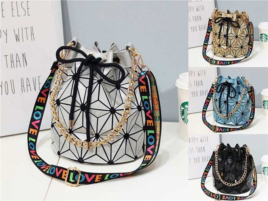 Womens Shoulder Designer Luxo Bag 2020 New qualidade PU de couro elegante Lady Bag Brilhante Flor Messenger Bag Banquete # 749