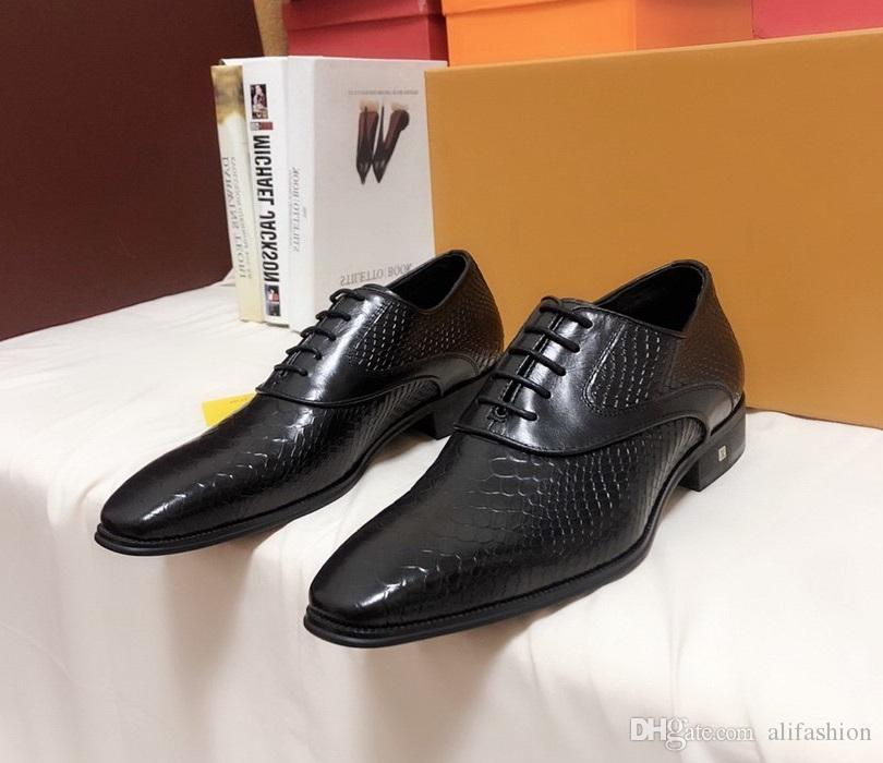 Brand Design Men cow leather Dress Wedding shoe moccasins Fashion formal Suit Business Shoe Low Top Lace-up Horsebit Loafers Oxfords,38-45