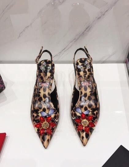 Nagelneues heiße Verkauf Frauen Kätzchen Ferse spitzer Zehe Kleid Schuhe aus echtem Leder 3D-Druck Sommer Sandalen Leopard Kristall verziert Fersen