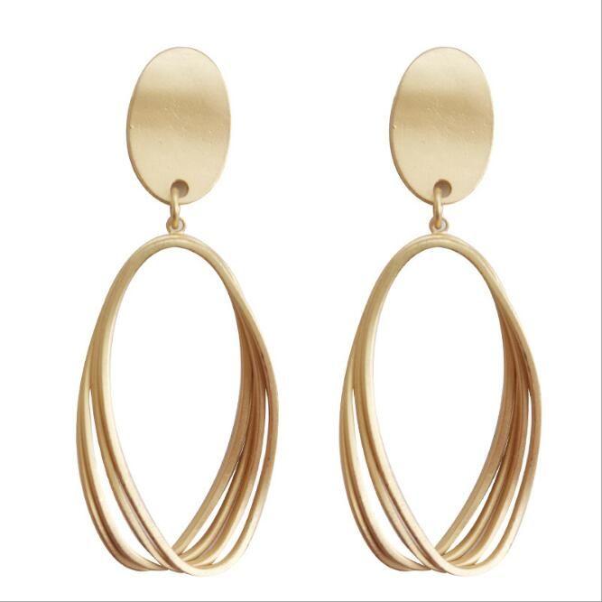Pendiente mate de oro Pendiente de pinchazo Pendientes Pendientes de aro colgantes para adolescentes Clip de oreja Sin aretes Joyas