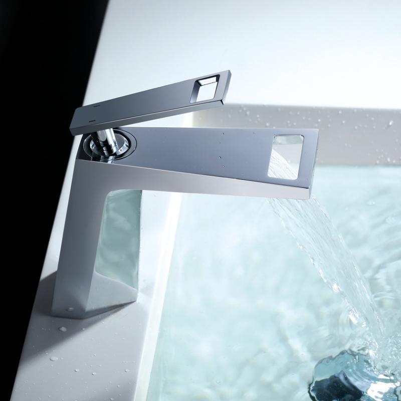 Latão Cachoeira banho torneira Single Handle Vessel Sinks Mixer bacia banheiro torneira da pia torneira fria e água quente Tap