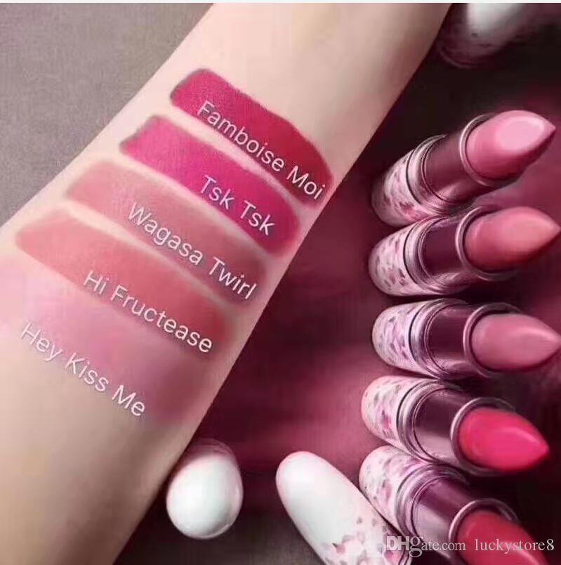 Sakura M brand lipstick Hey! kiss me Hi-FRUCTEASE wagasa twirl TSK TSK! farmboise mol 5 colors Boom boom bloom lipstick