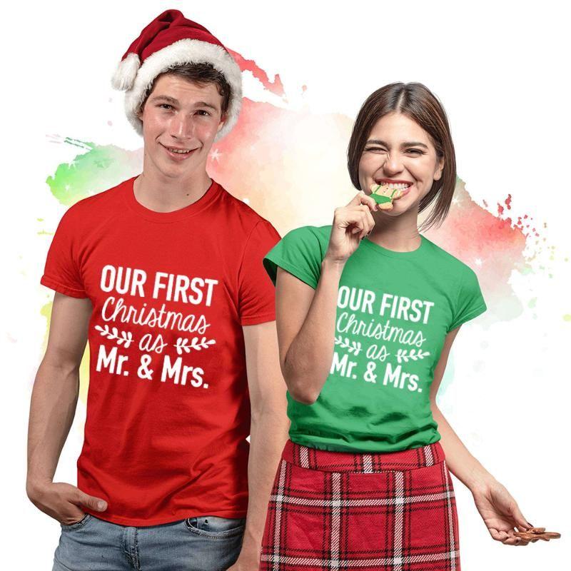커플 첫 번째 크리스마스 결혼 매칭 커플 크리스마스 셔츠 우리의 1로 씨 부인 셔츠 재미 있은 셔츠