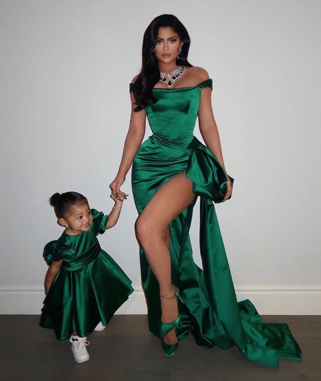 2020 Verde árabe Aso Ebi Hunter Sexy Evening Dresses Mermaid alta Dividir Prom Vestidos Cheap formal do partido Segundo Recepção Vestidos ZJ224
