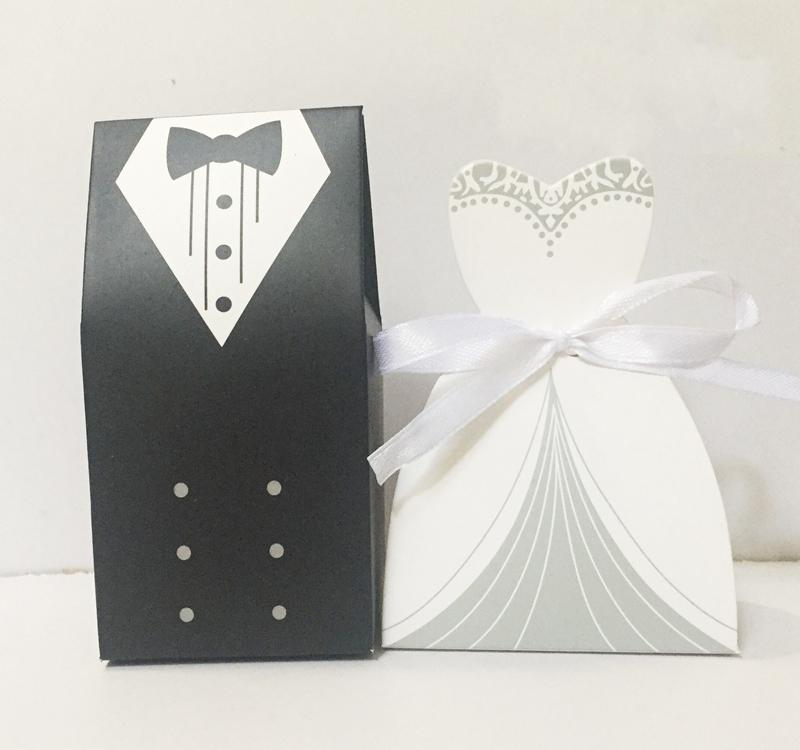 Bomboniere Matrimonio Low Cost Online.Bride And Groom Candy Box Wedding Dresses Gifts Favor Box Wedding
