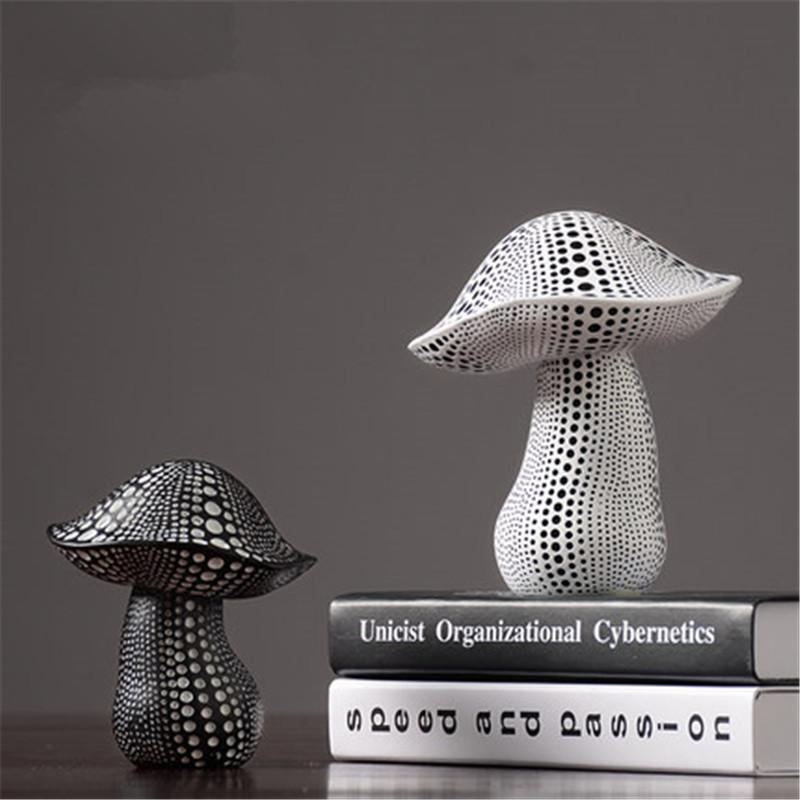 European Style Simulation Mushrooms Yayoi Kusama Wave Point Resin Craftwork Statue Coffee Shop Decoration X2618 T200619