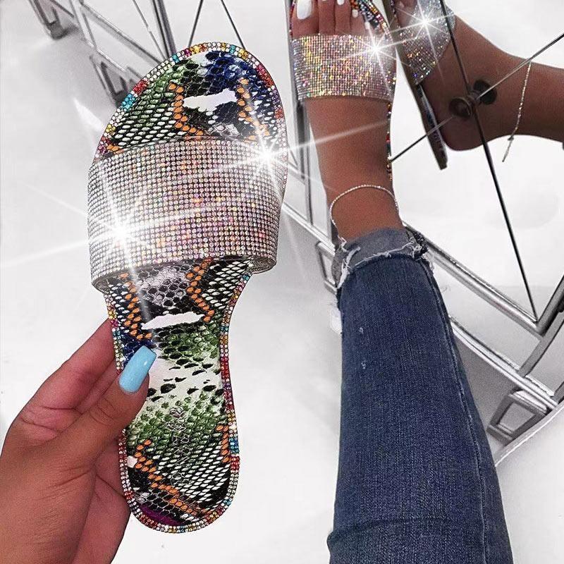 2020 Summer Women Crystal Slippers Glitter Flat Flat Soft Bling Femenino Color Color Flip Flops Indoor Señoras Diapositivas Hot Beach Zapatos