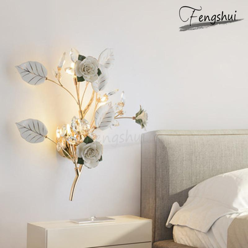 Postmodern Simple céramique Applique fleur décorative éclairage romantique et chaleureuse Chambre nuit Sconces Loft Couloir Équipement