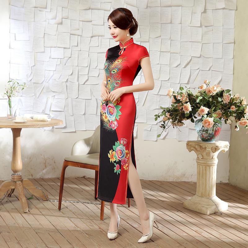 SHENG COCO Donne Unica Rosso Nero Lunghi abiti da Cheongsam di stile cinese quotidiano Banchetto sete raso elegante del pavone Fiore Qipao
