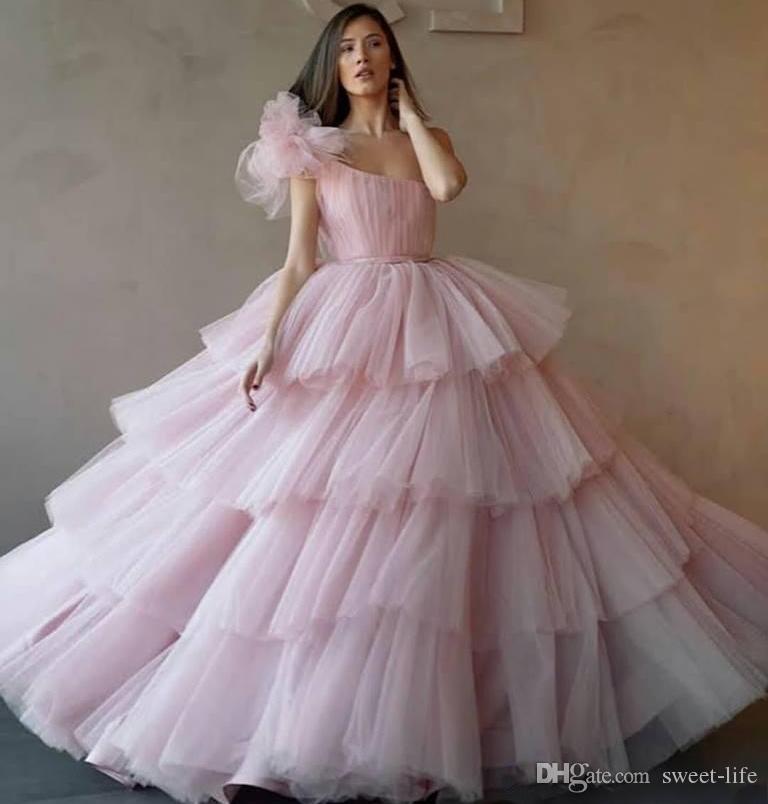 원 숄더 핑크 명주 볼 가운 성인식 이브닝 드레스 달콤한 16 드레스 긴 파티 댄스 파티 드레스는 Vestidos 드 축제 largos