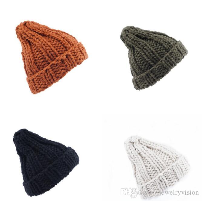 خريف وشتاء أوروبا المرأة محبوك قبعة قبعة صغيرة قبعة سيدة الدافئة حك القبعات M231
