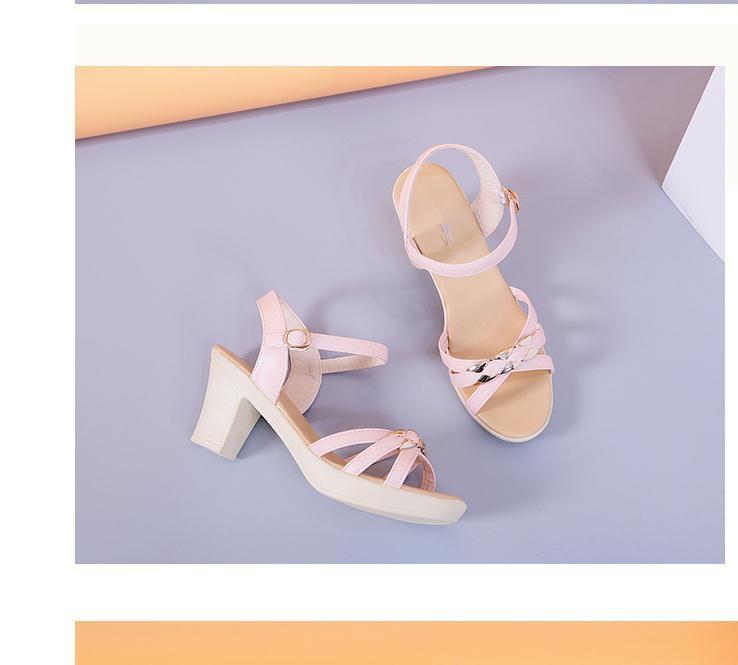 2020 лето сандалии Новый стиль моды Высокий каблук Грубый пятки водонепроницаемый табличной женщин в @ MQWBH792