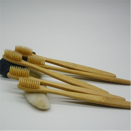 للاستخدام العائلي البيئة الخيزران فرشاة الأسنان الأسنان العناية بالفم فرش البيئية لينة الطبيعية فرشاة الخيزران مقبض