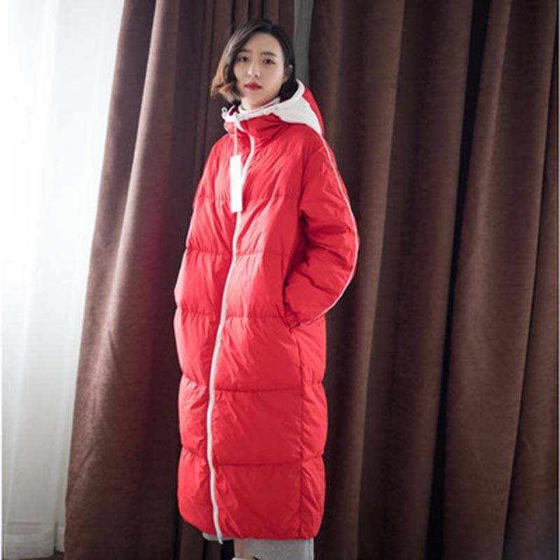 Großhandel Frauen Winter Rot Lange Daunenjacke 2019 Neue Weiße Ente Feder Outwear Doppelseitige Tragen Mode Mit Kapuze Mantel Plus Größe HJ248 Von