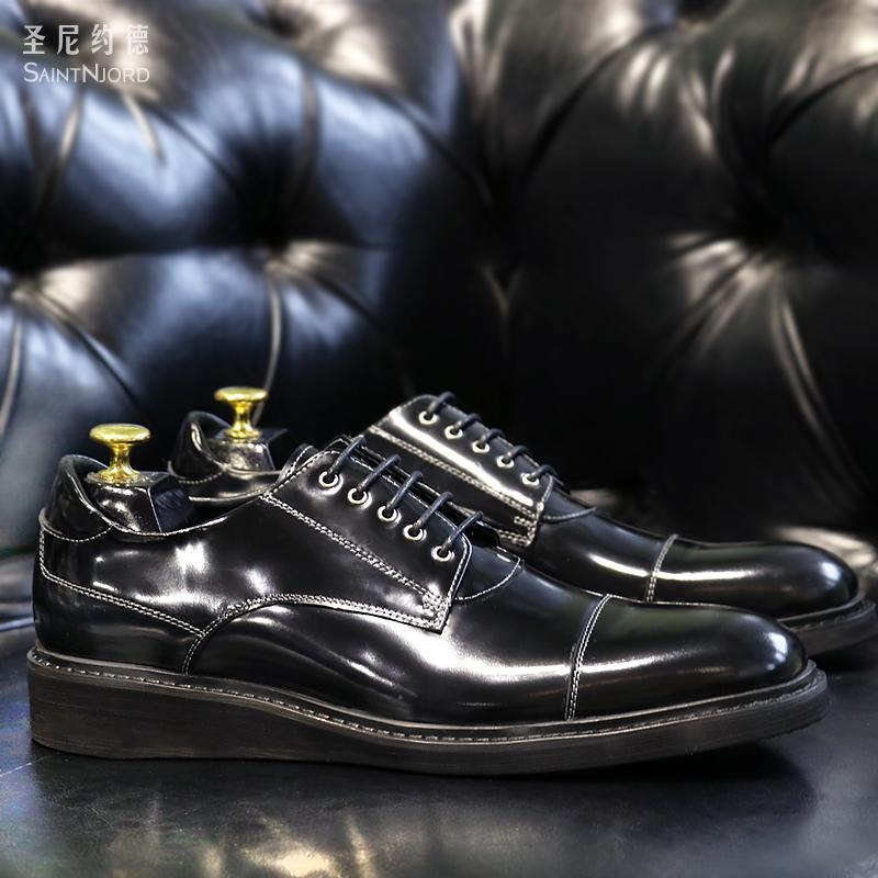 سخونة براءات الاختراع البريطانية الأحذية الجلدية أزياء الرجال الأعمال عارضة الأحذية سميكة الوحيد أسود جلد حقيقي الشقق حفل زفاف