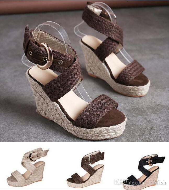 35-43 tamaño de cuña de paja de gran tamaño con sandalias de las mujeres transversal gruesa hilos trenzados muffins con sandalias de tacón alto de las mujeres