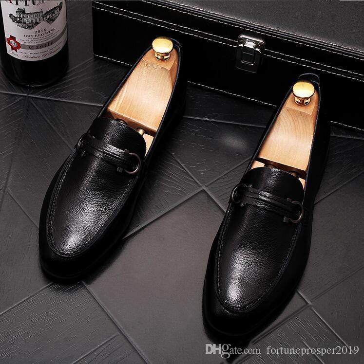 Fashion Dress Toe Pointu Hommes Mocassins en cuir verni Bureau des affaires Oxfords Chaussures Homme Chaussures formelles Mariage de mariage