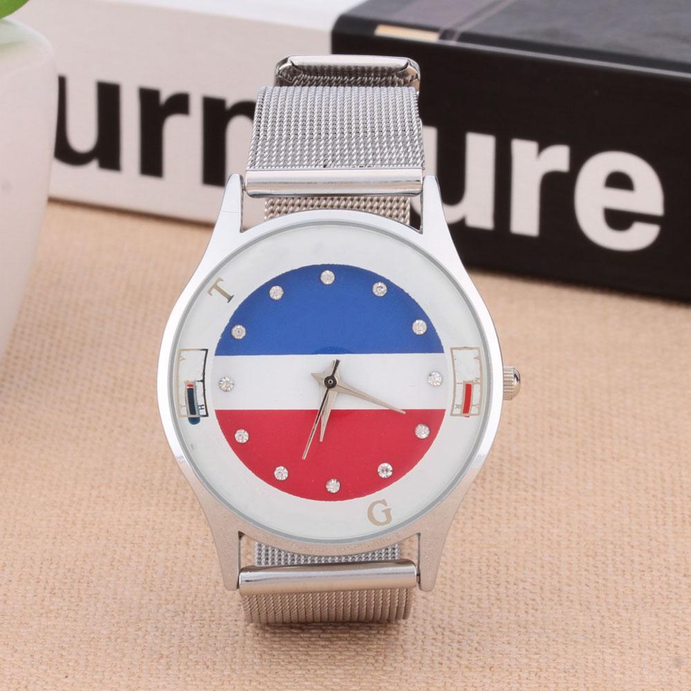 여성 플래그 스타일 스틸 메탈 밴드 석영을위한 패션 브랜드 손목 시계 TOM 02 시계