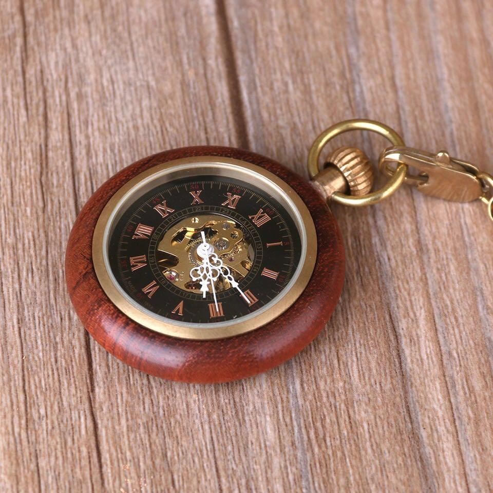 Clássico Steampunk Vintage de madeira mecânica de mão vento relógio de bolso numerais romanos FOB Luxo Cadeia Relógio Unisex Relógios