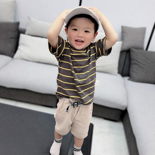Ragazzi Abito firmato l'estate di modo magliette + Shorts Two collega gli insiemi di bambini Ragazzi 2020 a righe stampate magliette Tops VESTITI PER BAMBINI