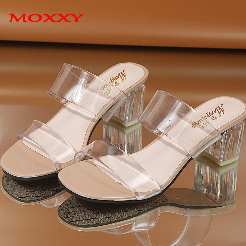 2019 Clear Heels Slippers Women Sandals Summer Shoes Woman Transparent Shoes Square High Heels Pumps Jelly Sandals buty damskie CJ191128