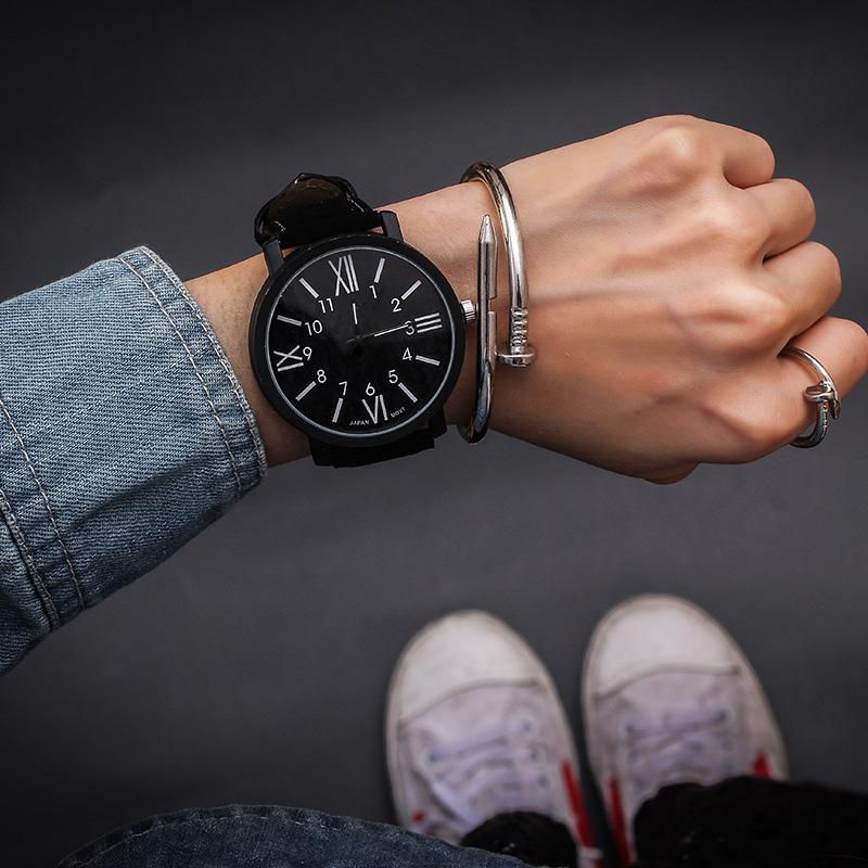 Sıcak Satış Kadınlar Bileklik Saat Kadın Kuvars Kadınlar Saatler Moda Saat Bayanlar İzle Su geçirmez Vintage İzle Romen Rakamları