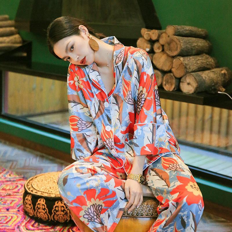 Silk Pajamas Feminino Primavera e terno de duas peças Outono de manga comprida para Wear Início Plus Size Pijamas de mulheres dormem usar roupas