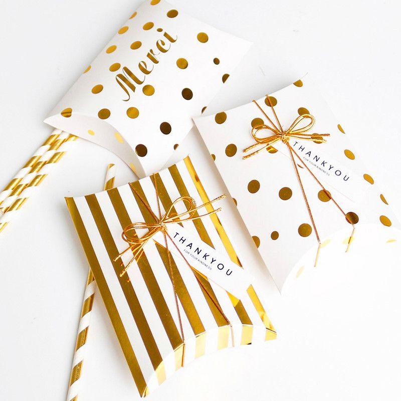 5 piezas Caja de regalo de papel Caja de forma de almohada Bolsa de papel con puntos de rayas doradas Merci Gracias Candy Wedding Packaging Kid Party