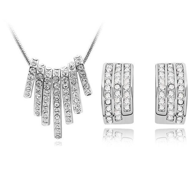 18k blanc plaqué or rayures cristal autrichien collier boucles d'oreilles bijoux de mariage pour femmes design de mode diamant diamant diamant