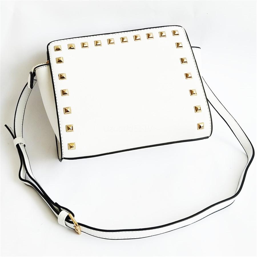 Designer Embossed Designer Shoulder Bag rebite bolsa de couro de moda de Nova Chegada Bags Mulheres famosa marca mala a tiracolo # 836