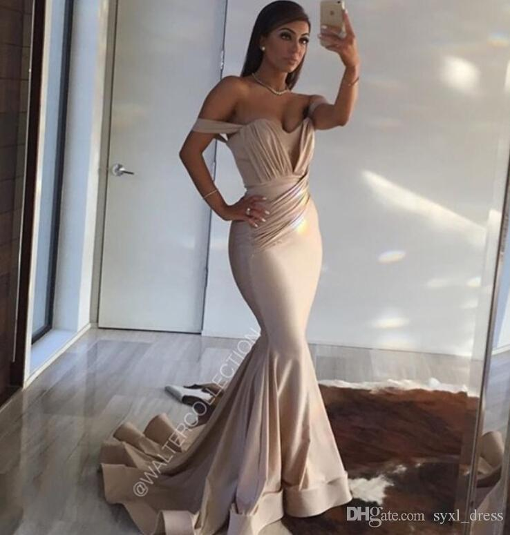 2018 Simple Bridesmaid Dresses with Ruffles Mermaid Off Shoudlers Evening Dresses Cheap Bridesmaids Dresses Sexy Formal Gowns