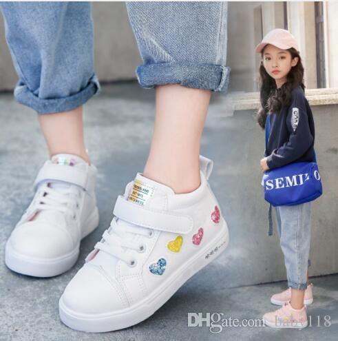 2020 Yeni kız ayakkabısı sonbahar Kore versiyonu çocuk tahta çocuk yüksek en iyi spor gündelik beyaz doğrudan satış