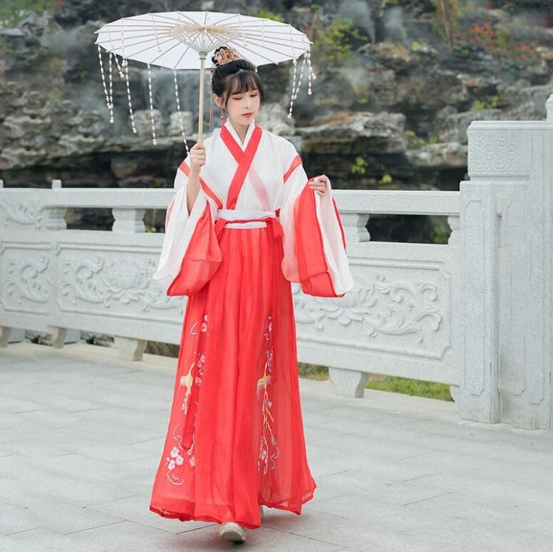 abbigliamento femminile autentici originali della dinastia Han tre pezzi serie di fiori in stile cinese Red Stage fata viaggiare costume autunno primavera