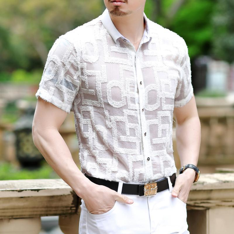 Lettre Blanc Noir Chemises SexyTransparent Shirt Vêtements pour hommes 2020 été à manches courtes Chemise Homme Chemise Homme Mode Camisa
