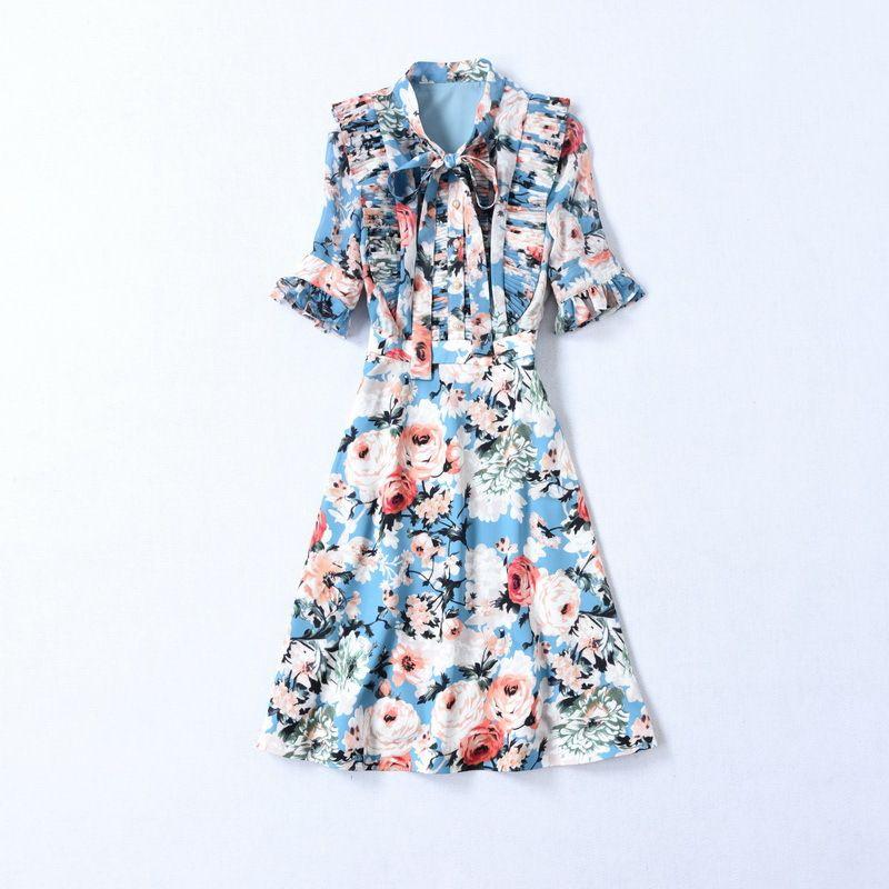 2020 Frühling Sommer Neueste Luxus Halbe Hülse Rundhals Blumendruck Plissee Band Krawatte Bogen Blau Knielangen Kleid Runway Kleider A211501416