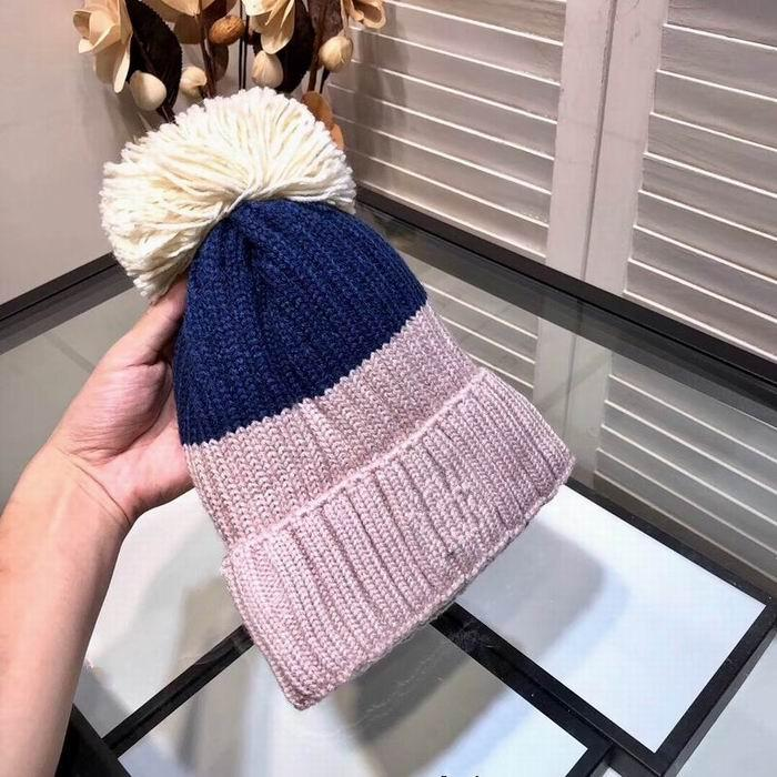 2020 newest hot sale luxury fashion knitting cotton blue pink hats with white hair ball high quality cheap women's winter warm hats with box