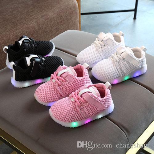 Мода LED Kid Обувь Мальчики загораться Кроссовки малышей Детские Luminous вскользь тренеров Cute