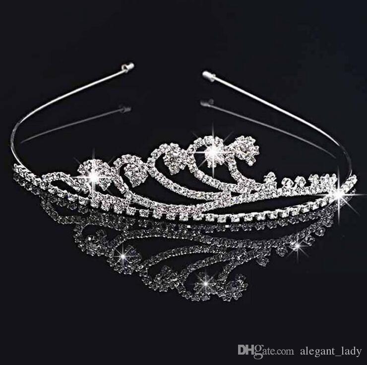 اليدوية لطيف الفضة الزفاف العرسان كريستال ولي التيجان سباركلي حفل زفاف عيد ميلاد هدية لطيفة زهرة فتاة 11.7 * 3CM