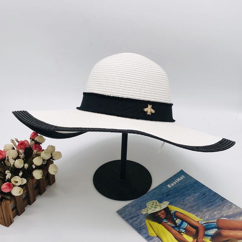 Little Bee plage Hat Street Fashion Chapeaux d'été pour femme Casquettes ajustables Femmes Blanc Noir Cap Qualité Très