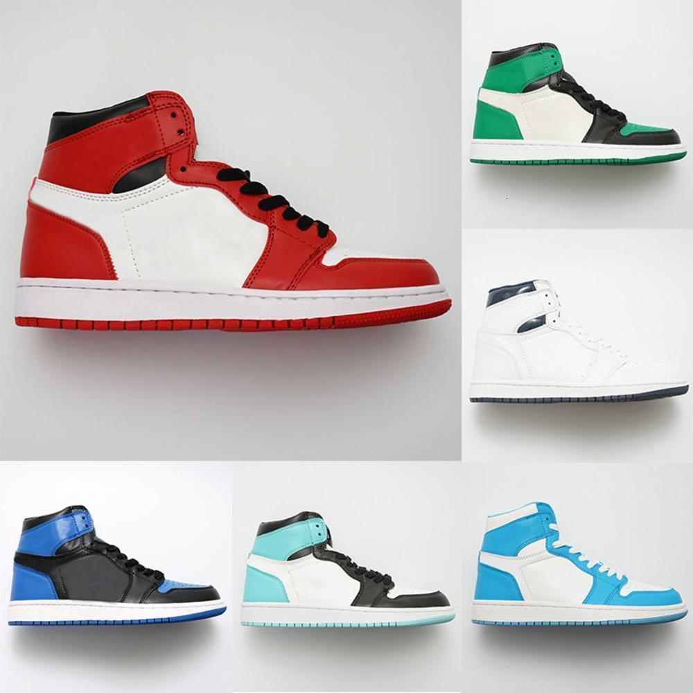 Avec Box classique Cour Violet Green Pine Mid OG 1 top 3 Hommes Femmes Chaussures de basket-ball de Chicago 1s Banned chaussures de sport de sport bleu royal