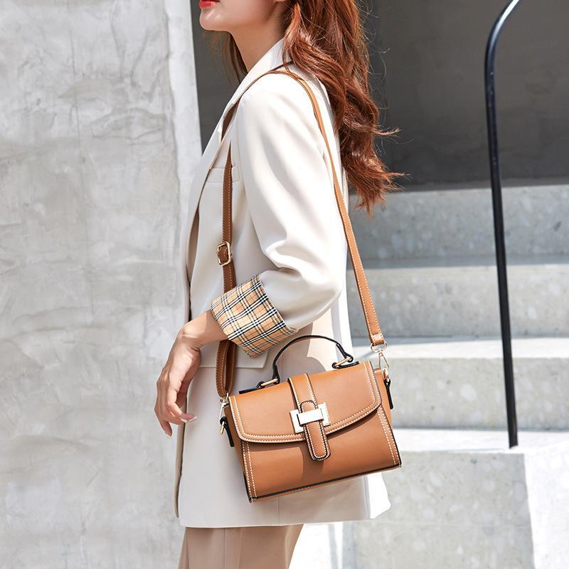 Небольшое посыльное плечо 2020 сумка квадратная мода женская корейская шиши сумка роскошь ретро кожаная классическая женская VQTIX