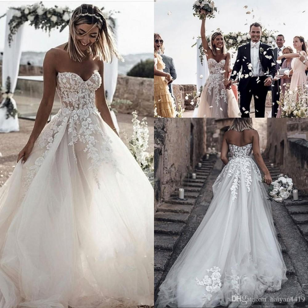 Arabic New Sexy Wedding Dresses A Line Bohemian Sweetheart Lace Appliques Beads Sweep Train Summer Beach Boho Plus Size Formal Bridal Gowns