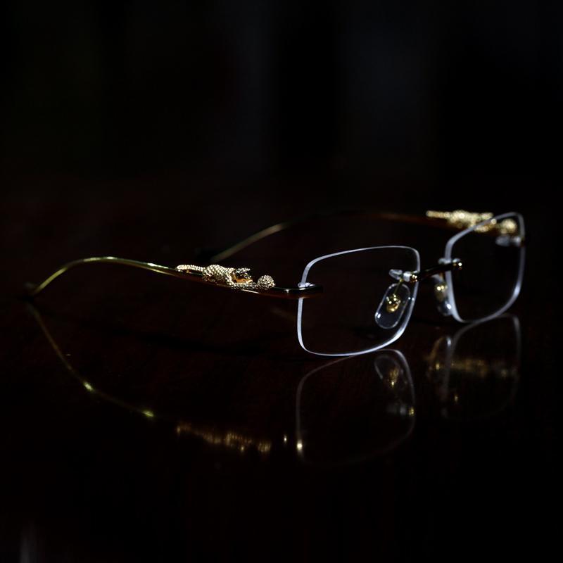 montature modo del leopardo oro occhiali in corno di bufalo donne occhiali da sole degli uomini Occhiali da Vista chiara lente senza telaio con la scatola