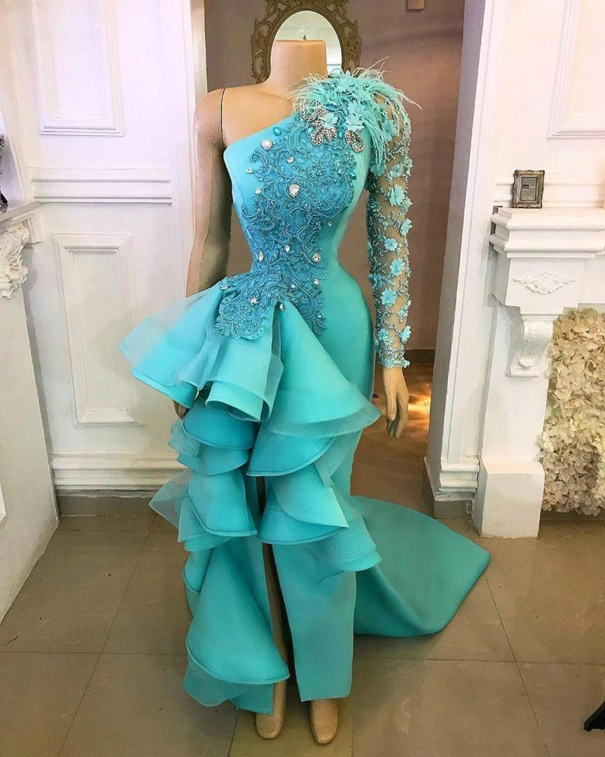 2020 New Sexy Turquoise Hunter One Shoulder Prom Dresses for Women Split Mermaid Feather Flowers Ruffles Formal Evening Dress Party Gowns