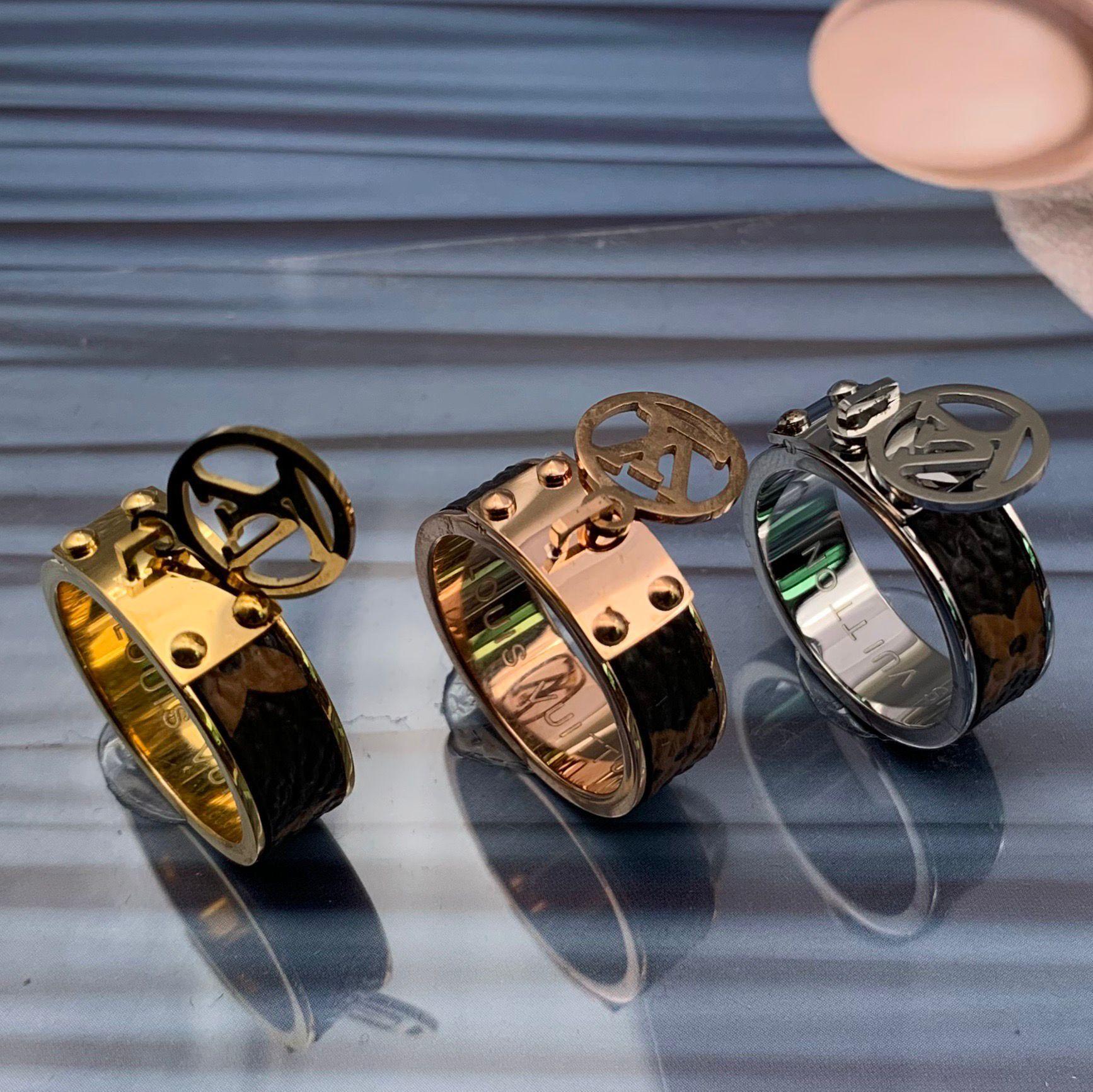316L الفولاذ المقاوم للصدأ الزهور في حفل زفاف إلكتروني خواتم 18K ارتفع الذهب والفضة الوردي شغل في المشاركة آنيل anillo الحجم 6،7،8،9 للرجال للنساء