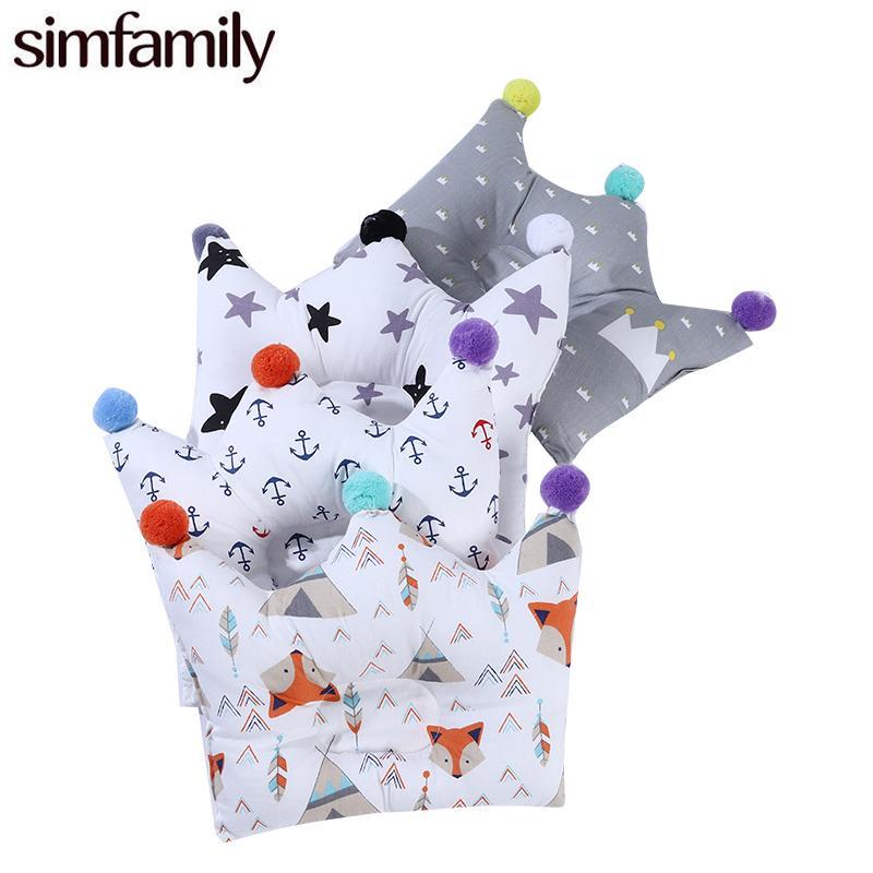 [simfamily] 베개 베개 침구 포지셔너 신생아 유아용 머리 보호 베개 쉐이핑 크라운 만화