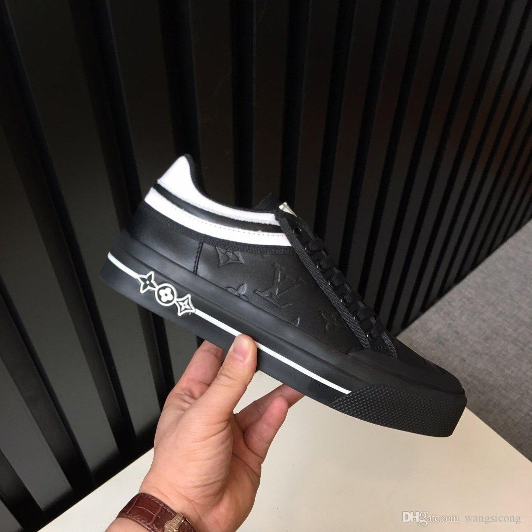 2019 Üçlü Ayakkabı Paris 17FW Triple-S Sneaker lükstasarımcıCombin Boş Baba Ayakkabı U01 Of Koyu Yeşil 3 Nesil