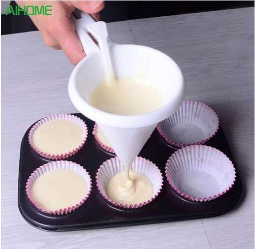 Ayarlanabilir Buzlanma Şeker Mutfak Huni Çikolata Pasta Hamur Dağıtıcı Krem Çerez Cupcake Gözleme Çörek Huni Pişirme Araçları