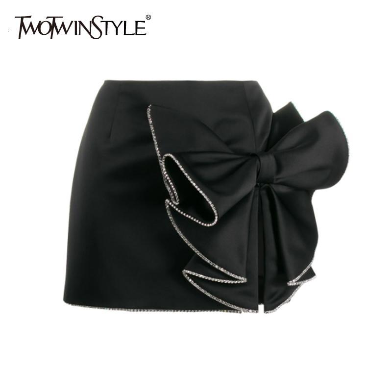 TWOTWINSTYLE Lässige Asymmetrisches Damen-Röcke mit hohen Taille Patchwork-Bogen-Split mit Rüschen besetzten Rock für Damen Kleidung 2020 Art und Weise neu