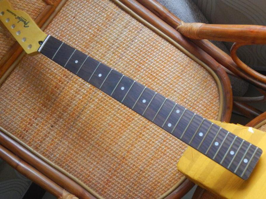 الحرة الشحن بالجملة روز الخشب الأصابع تيلي الغيتار الرقبة، المذيع الغيتار الرقبة 21 الحنق -17-11